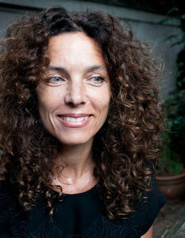 Paula van der Oest Interview filmregisseur Paula van der Oest Vrij Nederland