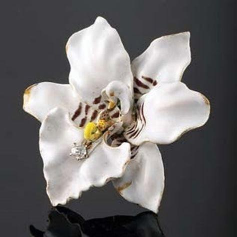 Paulding Farnham Chrysanthemum Pearl Brooch Tiffany39s Art Nouveau Brooch