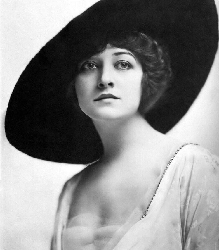 Pauline Frederick Pauline FrederickAnnex