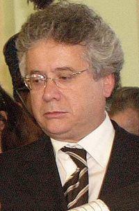 Paulo Delgado httpsuploadwikimediaorgwikipediacommonsthu