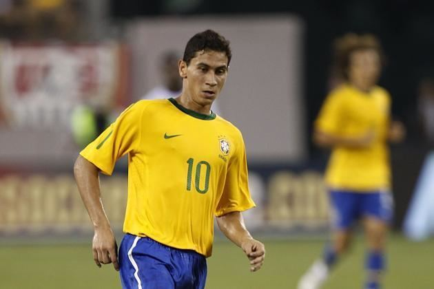 Paulo Henrique Ganso What Happened to Santos and Brazil Playmaker Paulo Henrique Ganso