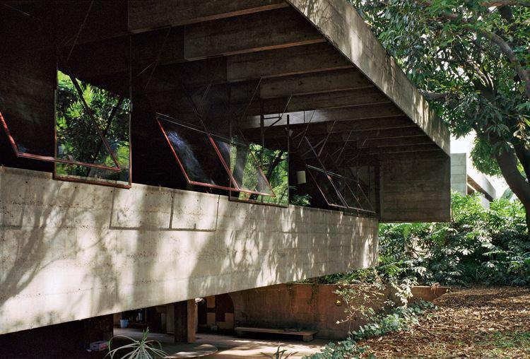 Paulo Mendes da Rocha DC Hillier39s MCM Daily The Butant Residence