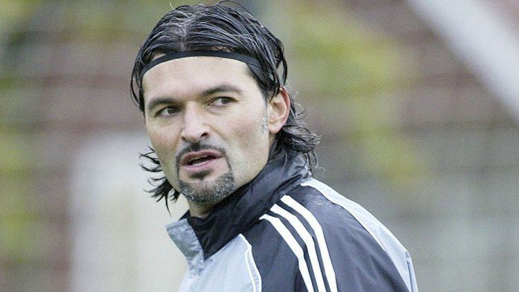 Pavel Srníček Tributes pour in for former Newcastle United goalkeeper Pavel