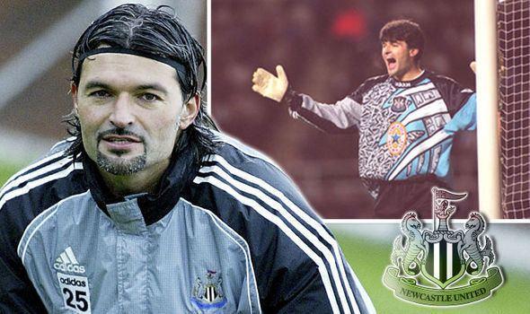 Pavel Srníček Pavel Srnicek Former Newcastle United keeper dies after collapsing