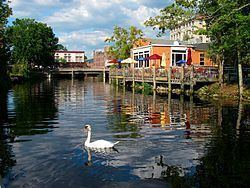 Pawcatuck, Connecticut httpsuploadwikimediaorgwikipediacommonsthu