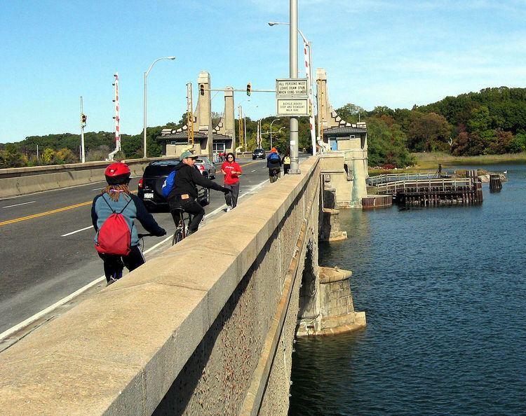 Pelham Bridge