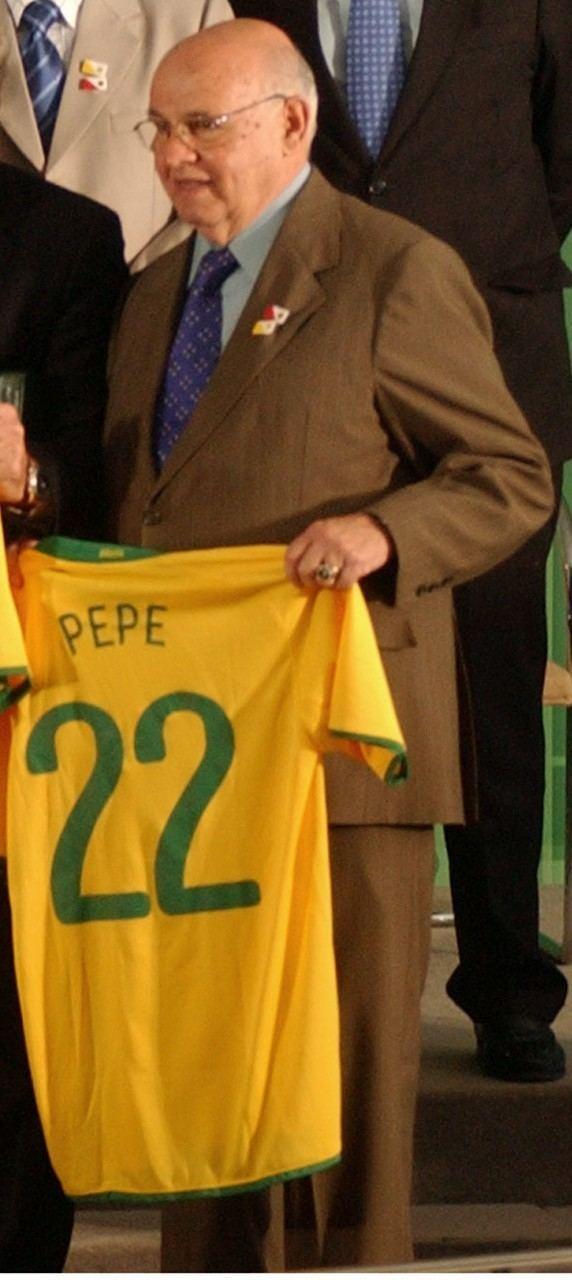 Pepe (footballer, born 1935) Pepe footballer born 1935 Wikipedia