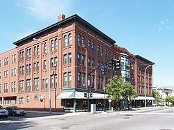 Pequoig Hotel httpsuploadwikimediaorgwikipediacommonsthu