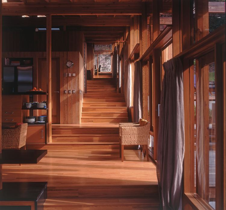 Pete Bossley 1998 Home of the Year winner a Bay of Islands retreat by Pete Bossley