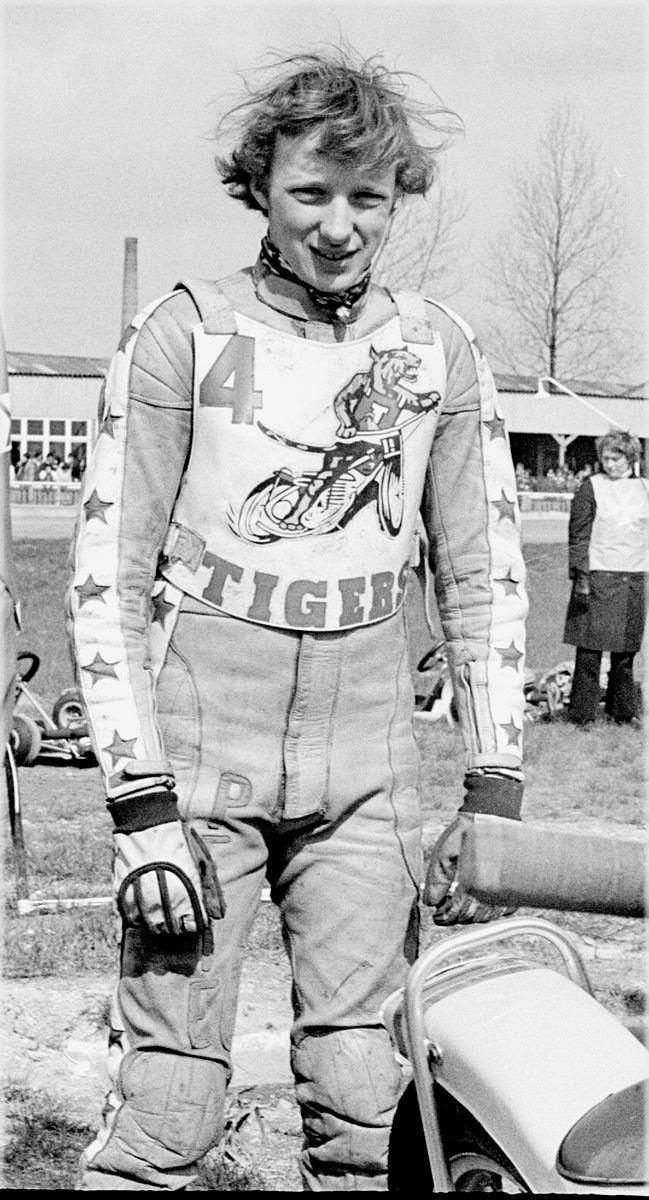 Pete Smith (speedway rider born 1957)