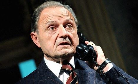 Peter Bowles Peter Bowles reveals his many misadventures with celebrity