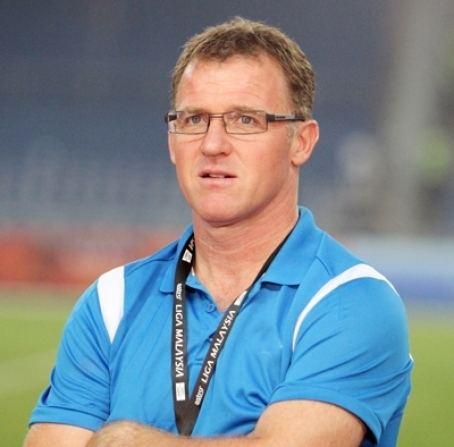 Peter Butler (footballer, born 1966) wwwemsoccercomsitesdefaultfilesimagesplayer