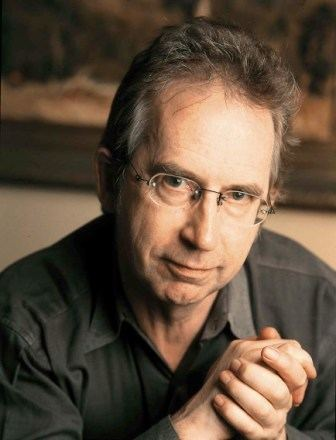 Peter Carey (novelist) An Interview With Author Peter Carey HuffPost