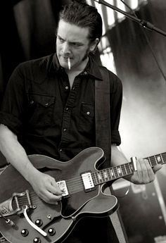 Peter Hayes (musician) httpssmediacacheak0pinimgcom236x407eba