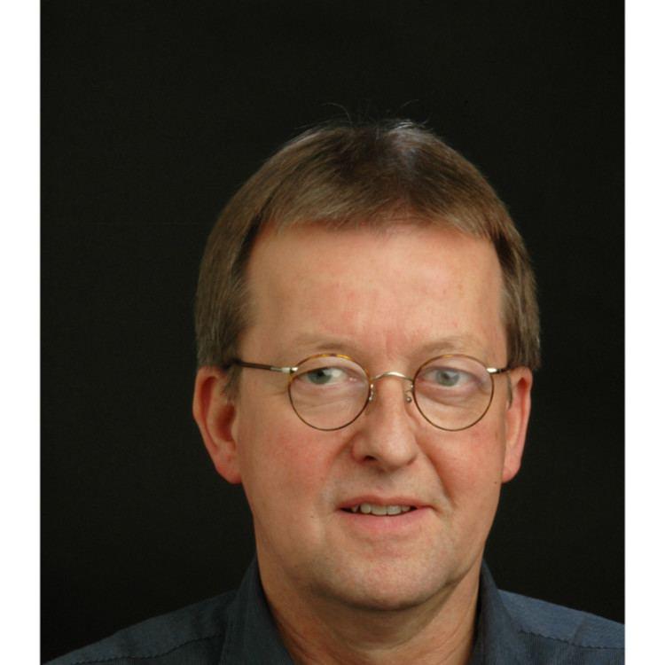 Peter Knust Peter Knust Abteilungsleitung Berufsschule Berufliche