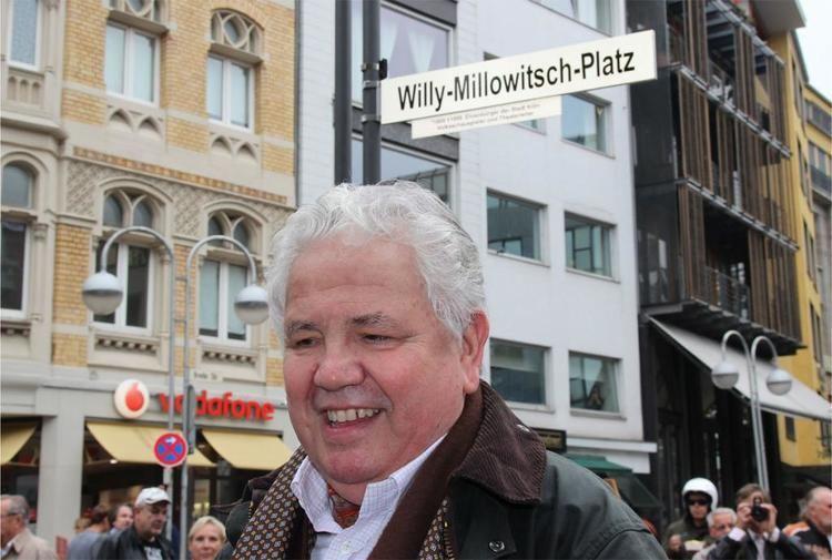 Peter Millowitsch Neuer WillyMillowitschPlatz offiziell erffnet koelnde