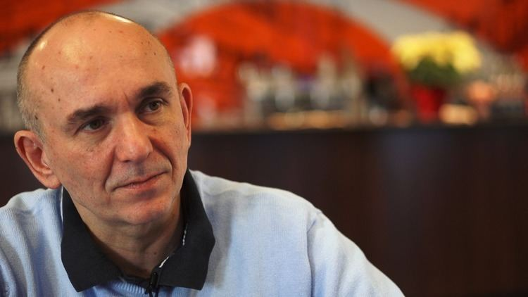 Peter Molyneux Rocky Road Ahead for Godus as Key Devs Depart GameSpot