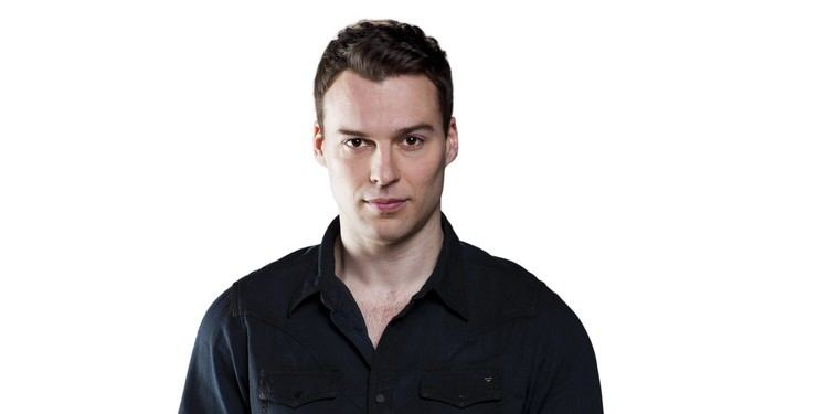 Peter Mooney Rookie Blue star Peter Mooney talks about Nick39s epic love