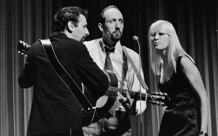 Peter, Paul and Mary Showbiz Analysis Peter Paul and Mary39s Noel Paul Stookey Shares