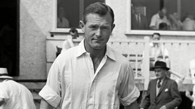Peter Richardson (cricketer) Peter Richardson ExKent Worcestershire England batsman dies