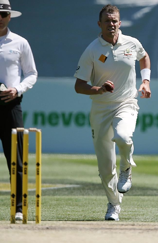 Australian fast bowler Peter Siddle talks about his lonely road to