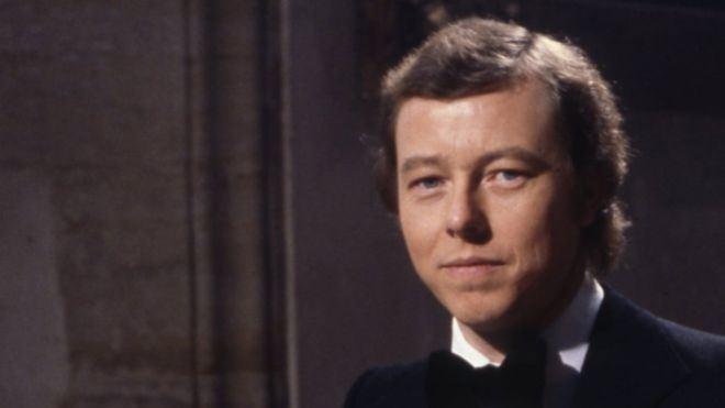 Peter Skellern Former pop singer turned priest Peter Skellern dies BBC News