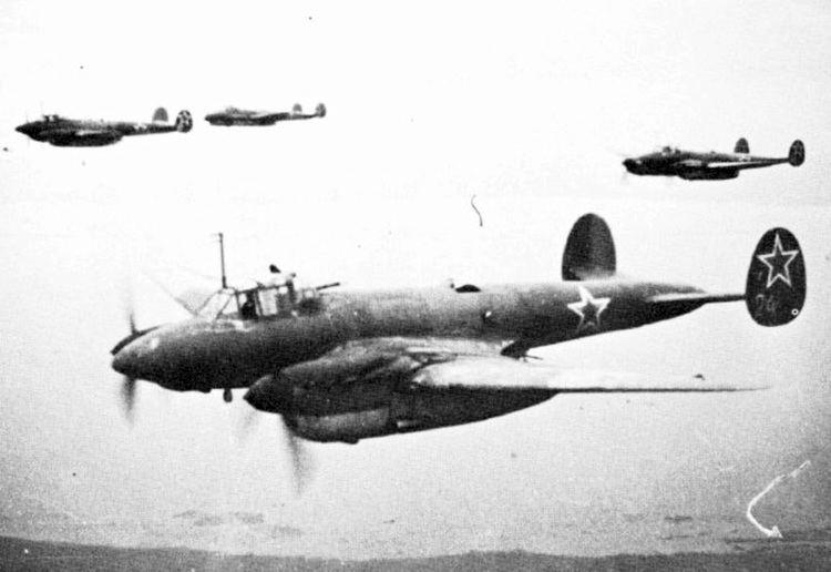 Petlyakov Pe-2 Petlyakov Pe2 Pawn Dive Bomber Light Bomber Aircraft
