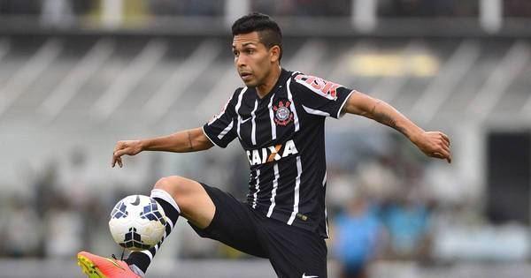 Petros Matheus dos Santos Araujo rbitro volta atrs e relata trombada de Petros Esportes