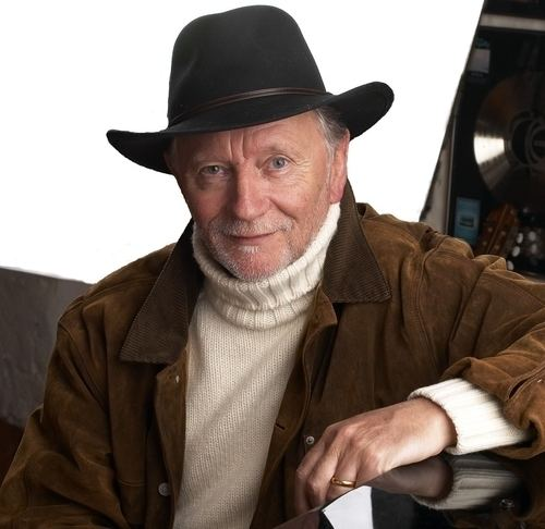 Phil Coulter Phil Coulter The Heraldy Press