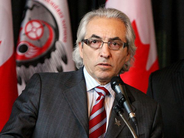 Phil Fontaine Former AFN chief Phil Fontaine hired by TransCanada