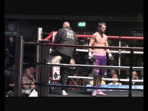 Phil Gill Professional Boxing Uk unbeaten fighter Phil Gill Vs Jason Carr 9th