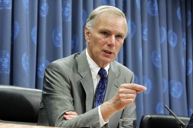 Philip Alston Philip Alston UN must develop an effective response on