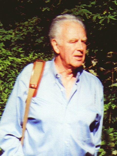 Philip Saville httpsuploadwikimediaorgwikipediacommons77