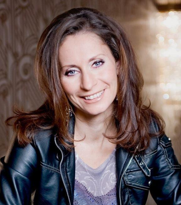 Pia Douwes Pia Douwes Award voor uitzonderlijk talent MusicalJournaal