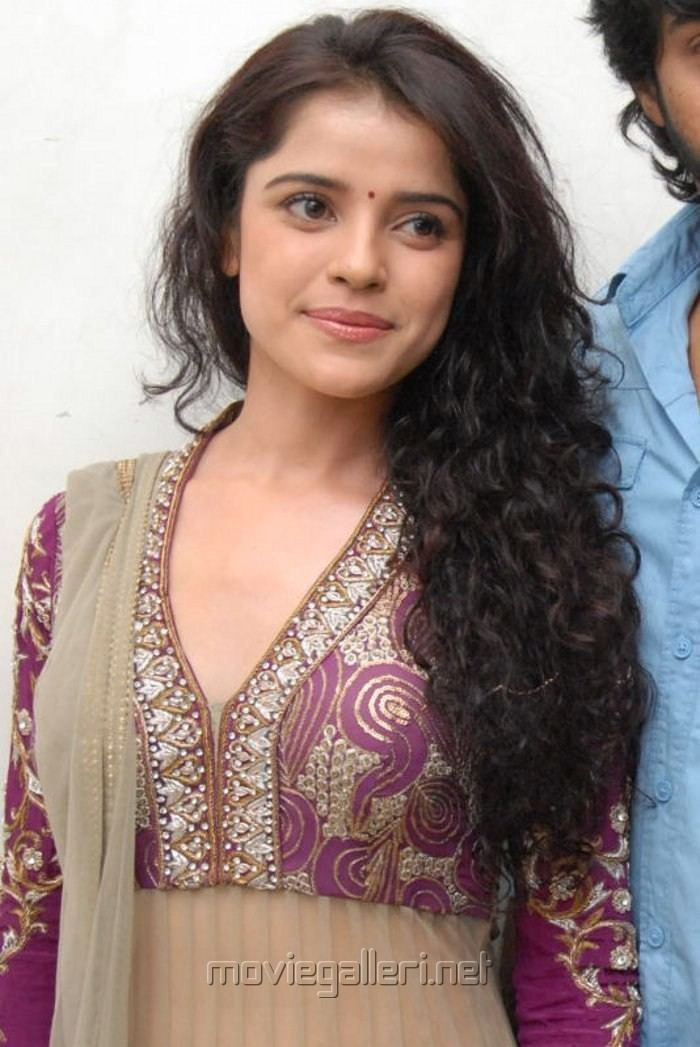 Piaa Bajpai Picture 339599 Actress Piaa Bajpai Latest Hot Images