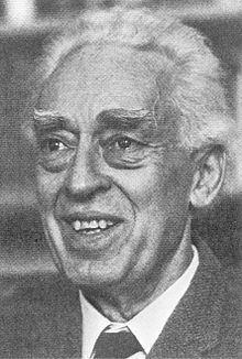 Piero Sraffa httpsuploadwikimediaorgwikipediaenthumbb