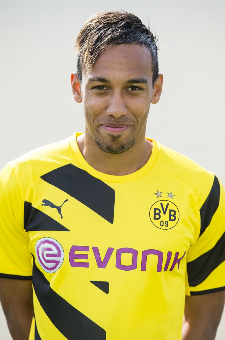 Pierre Aubameyang PIERRE AUBAMEYANG FREE Wallpapers amp Background images