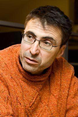 Pierre Carles wwwunplusbioorgwpcontentuploads201411UnPl