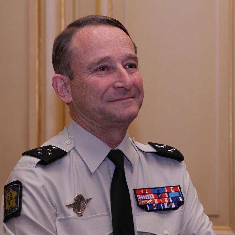 Pierre de Villiers generaldarmeedevilliersjpg
