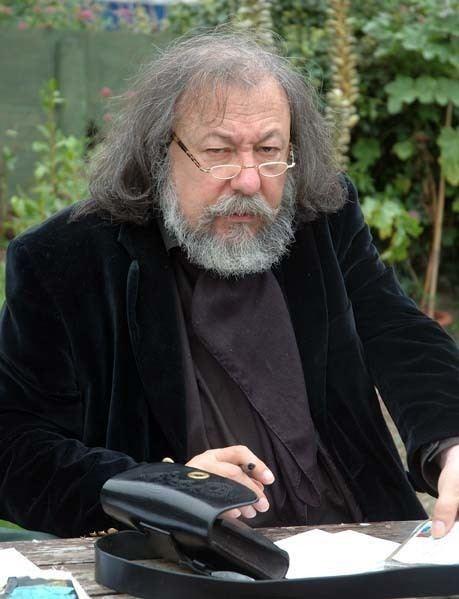 Pierre Dubois (author)