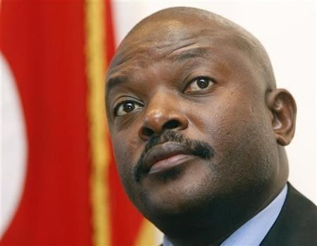 Pierre Nkurunziza Police teargas protesters against Burundi president