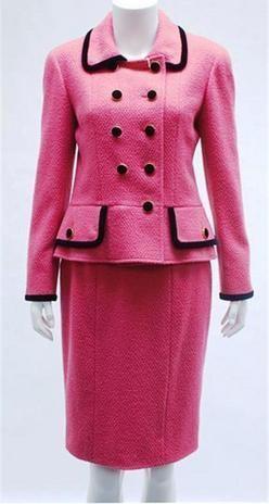 Pink Chanel suit of Jacqueline Bouvier Kennedy - Alchetron