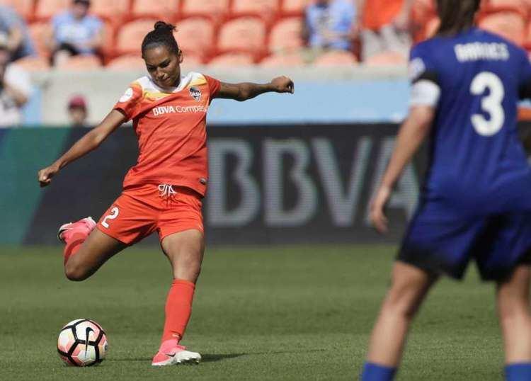 Poliana Barbosa Medeiros Dash defender Poliana named NWSL Player of the Week Houston Chronicle