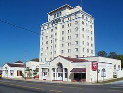 Polk Hotel httpsuploadwikimediaorgwikipediacommonsthu