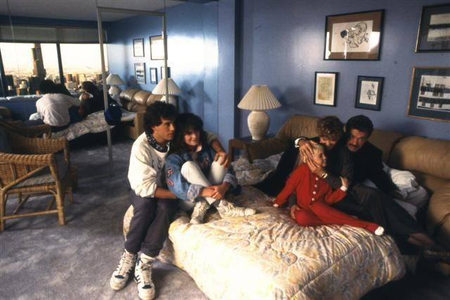 Poltergeist III movie scenes Above both Carol Anne and Scott Kip Wentz in how the film originally ended To see more www poltergeistIII com originalending html