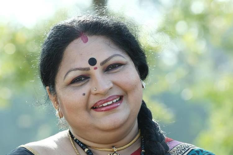 Ponnamma Babu Photos Malayalal Movie Actress Ponnamma Babu Photos FilmiLive