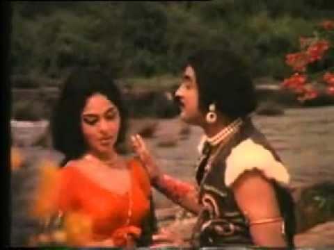 Ponnapuram Kotta Manthra Mothiram Mayamothiram endrajaala filim ponnapuram kotta