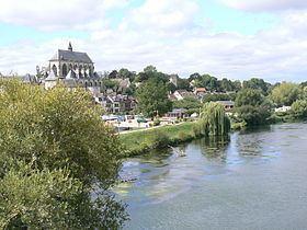 Pont-de-l'Arche httpsuploadwikimediaorgwikipediacommonsthu