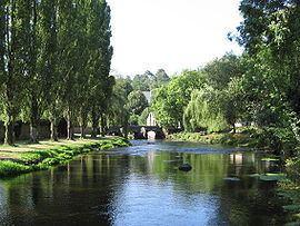 Pont-Scorff httpsuploadwikimediaorgwikipediacommonsthu