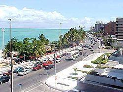 Ponta Verde httpsuploadwikimediaorgwikipediacommonsthu